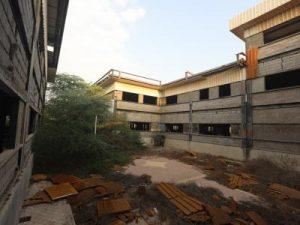 ساختمانی مخروبه بنام بیمارستان ۲۰۰ تختخوابی کیش