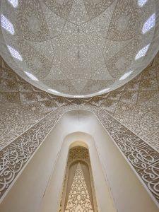 مسجدی به رنگ صدف، تاروپودی از هنر و خلاقیت در معماری ایرانی اسلامی